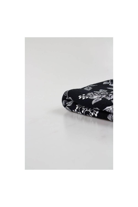 Dzianina jersey bawełniany czarny w listki/gałązki 160cm 140g/m2