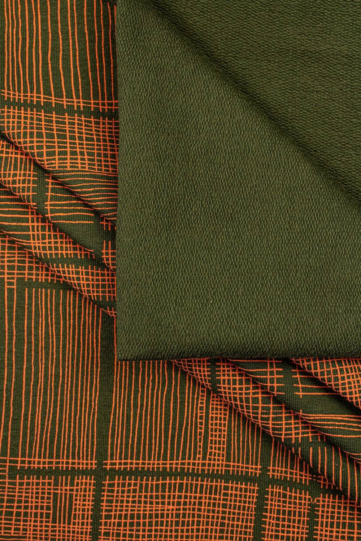 Dzianina dresowa pętelka khaki w pomarańczową kratę - 180cm 260g/m2