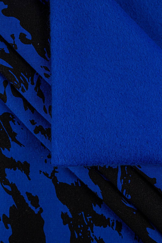Dzianina dresowa drapana niebieska w czarne maziaje - 170cm 290g/m2