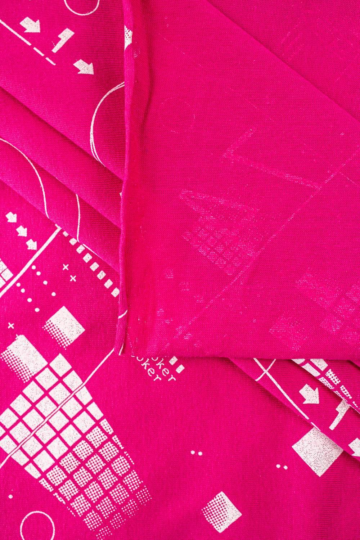 """Dzianina jersey różowy z nadrukiem """"joker"""" - 165cm 150g/m2"""