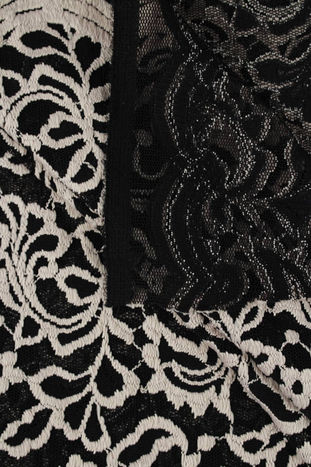 copy of Fabric - Viscose - Black With Pink/White Flowers - 140 cm - 130 g/m2