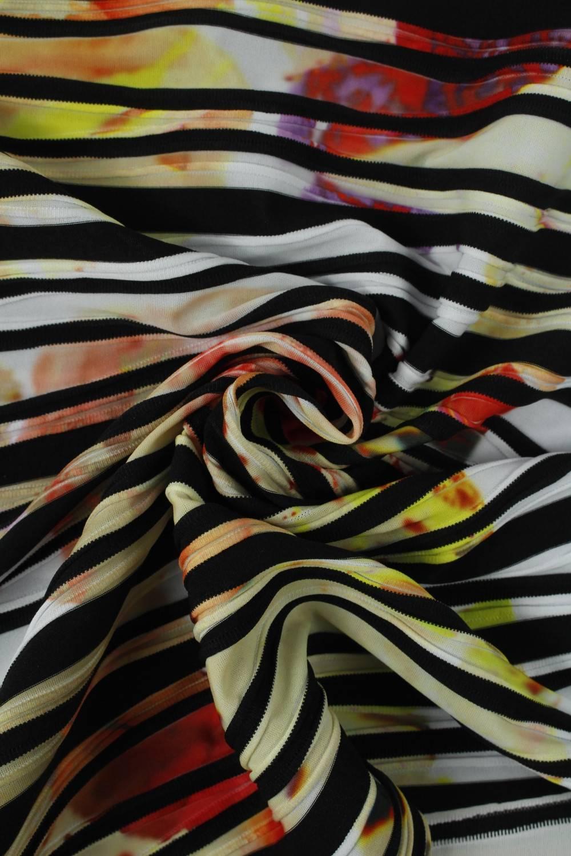 Dzianina poliestrowa czarno biała z kolorowymi plamami KUPON 2 MB