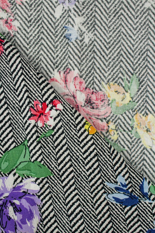 Fabric - Viscose - Herringbone With Flowers - 140 cm - 130 g/m2