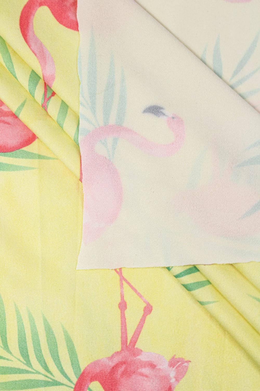 Dzianina sukienkowa żółta z nadrukiem subliamcyjnym - flamingi - 155cm 130g/m2