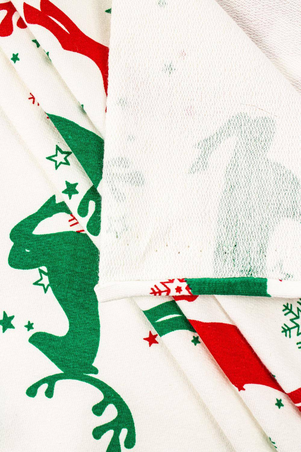 Knit - French Terry - White With Red & Green Reindeers - 175 cm - 250 g/m2