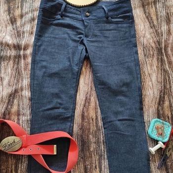 👖Ponadczasowy jeans ❤️Uszyłyście już spodnie dla siebie jak @kakszycie?✂️ • . . . #dziane #jeans #jeansy #spodnie #samauszyłam #szyjemy #dzianiny #takaniny #szyciowapasja